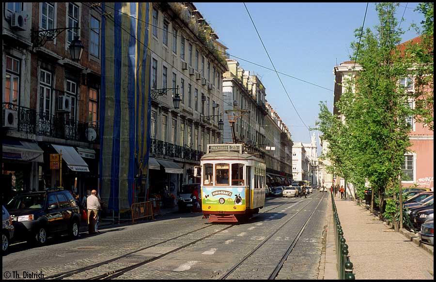 http://thrd.de/HiFo/HB/Teil008/HF_2007-05-07_Carris_541_Lissabon_R_de_Arsenal.jpg